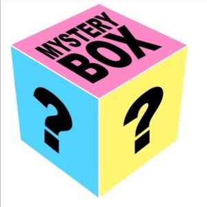 Accessories - 🎉BLACK FRIDAY SALE! 🎉 MYSTERY ACCESSORY BOX!!